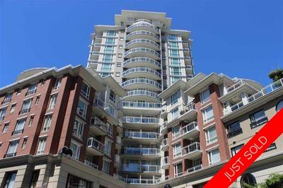Kensington Cedar Cottage Condo for sale: King Edward Village 2 & Den 935 sq.ft. (Listed 2019-07-25)